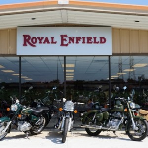 Stores_Royal_Enfield_bullet_shop