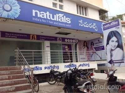 Naturals beauty parlour In karimnagar